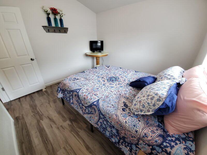 Bedroom 1 quuen